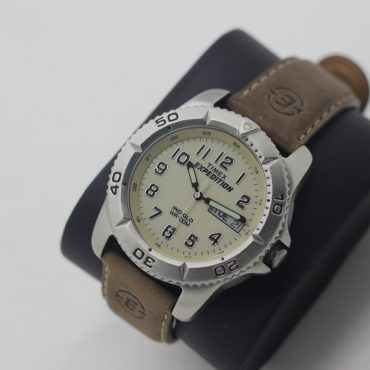 original style Timex men's watch with leather band.