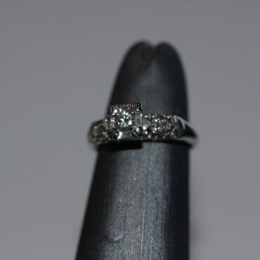 14k white gold ring with three beautiful diamonds that give it an extra sparking touch.