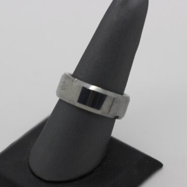 Beautifully simple designed ring is made of tungsten.